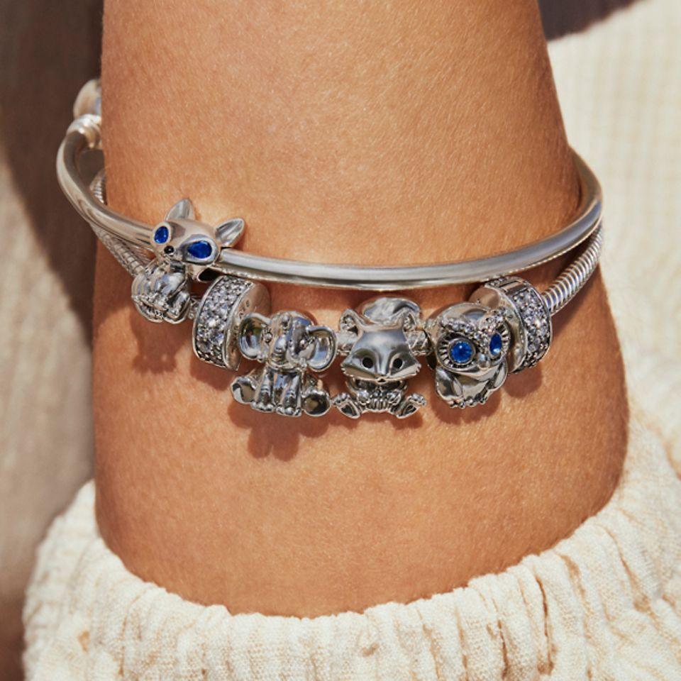 点缀动物造型串饰的925银Pandora手链和手镯