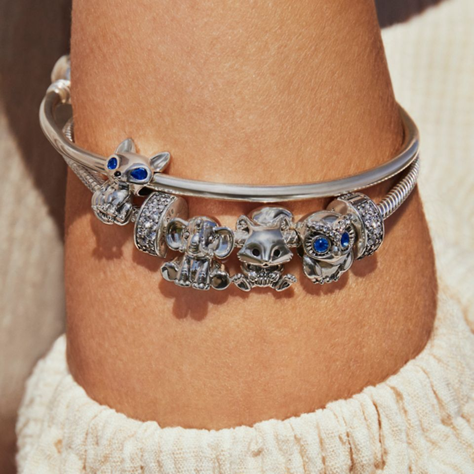 Armband och armring i sterlingsilver från Pandora med djurberlocker