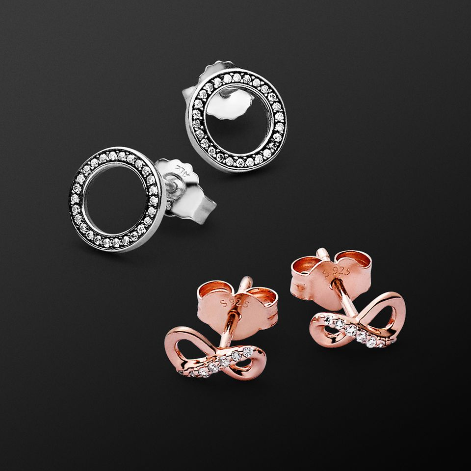 PAN_BlackFriday_1080x1080_Earrings