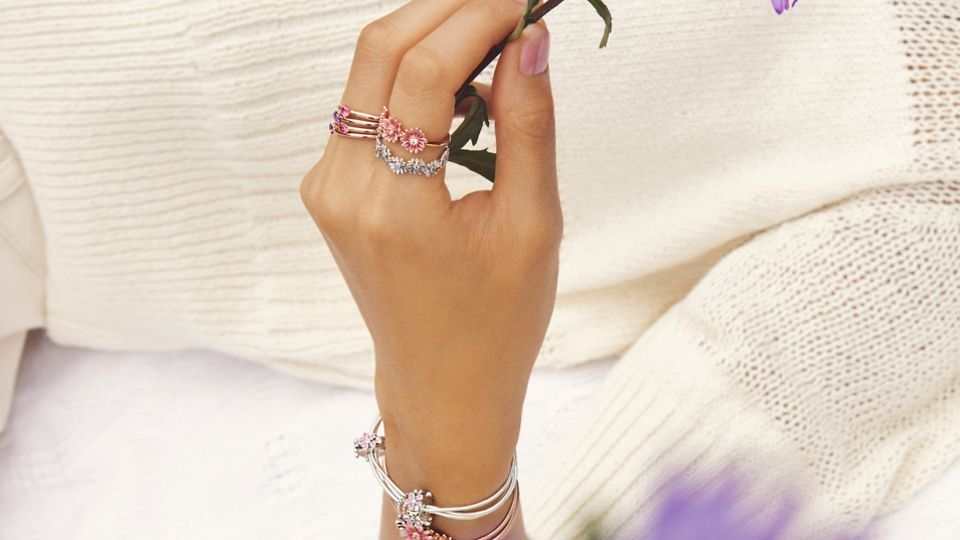 02_03_jewellery_styling_tips_gallery