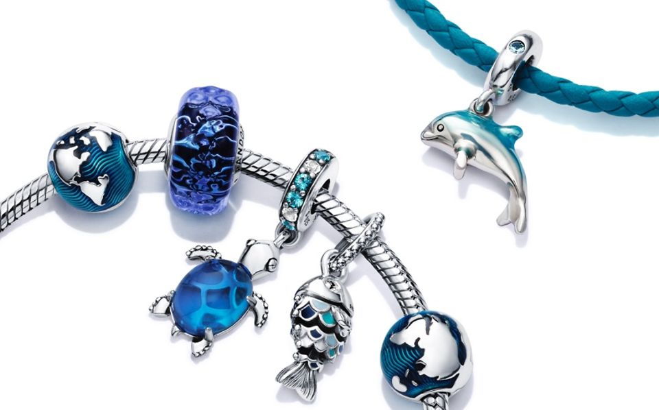 Charms_bracelet_gallery_02_03 (1)