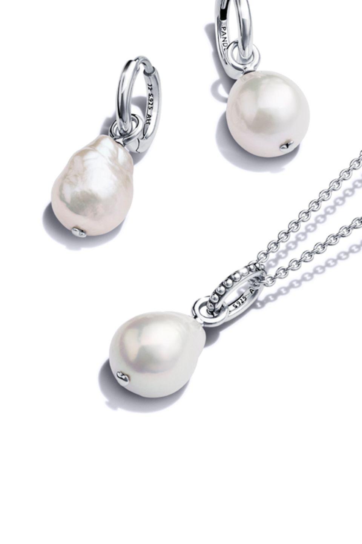 Pandora Blue Oceanスターリングシルバーと淡水真珠のネックレスとピアス
