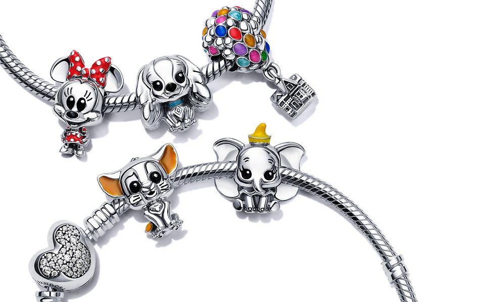 Disney x Pandora Favouritesチャームをつけたスターリングシルバーのキャリアー