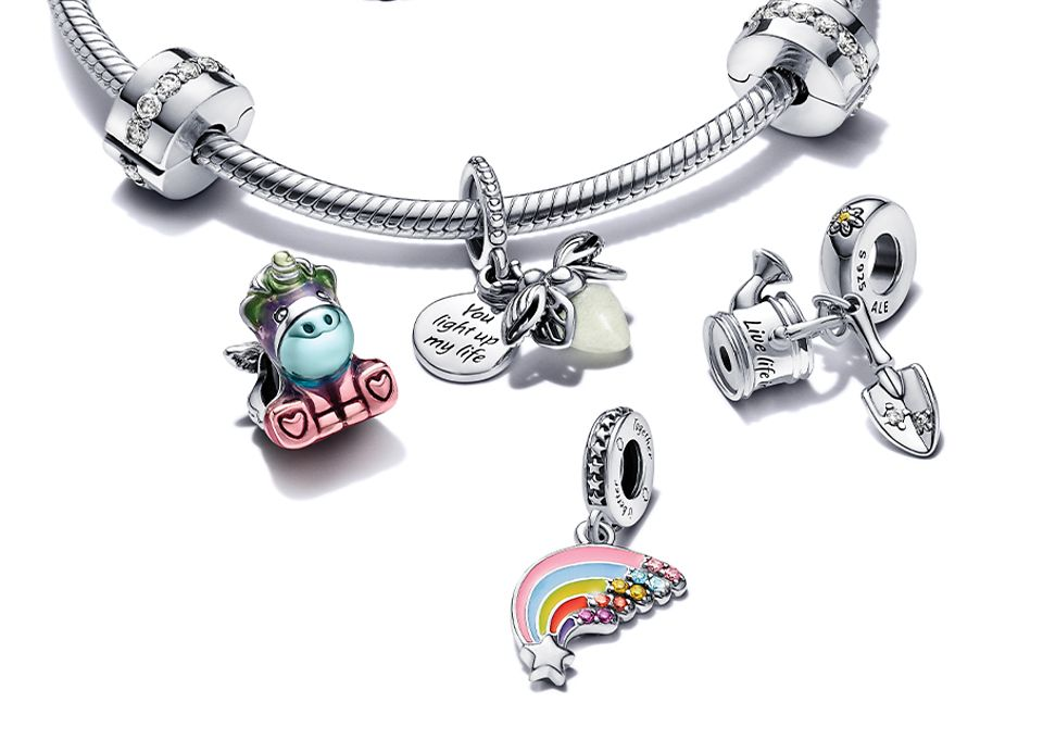 1000x1000px_Charms (1)