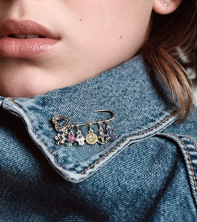 Pin your favourite charms anywhere with the Pandora Me brooch.