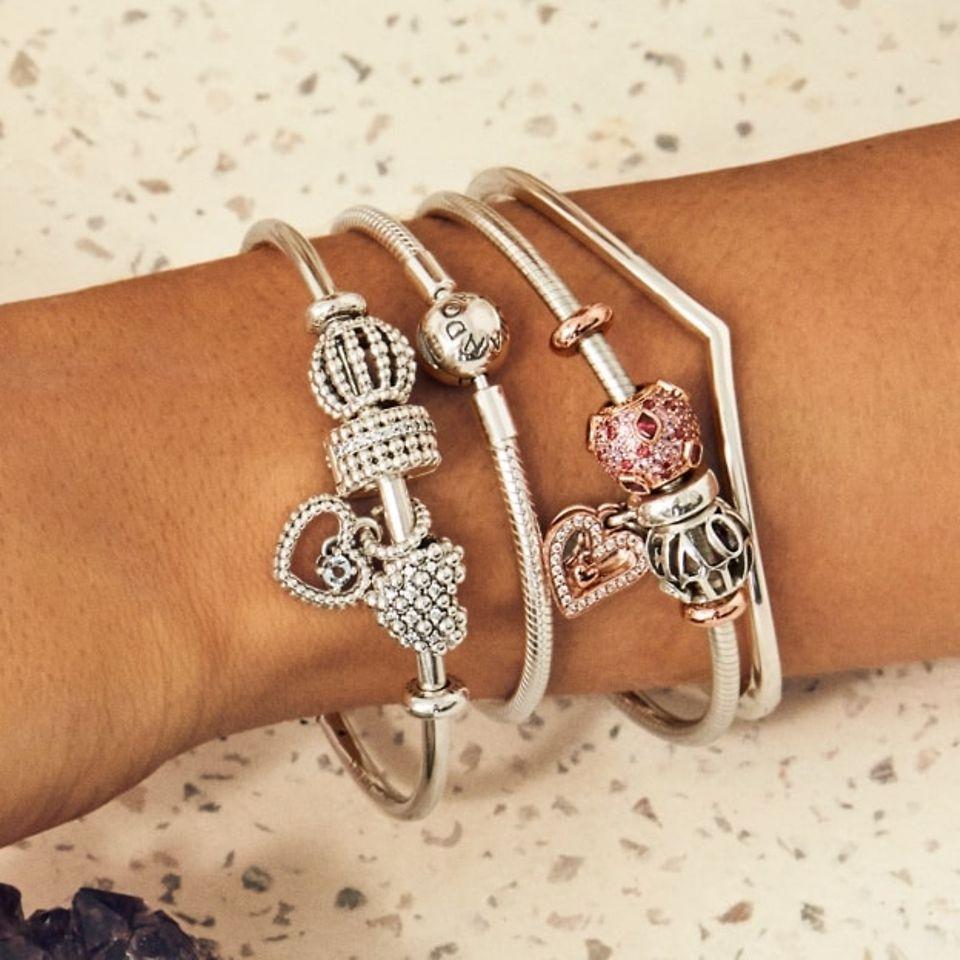 n_charms_bracelet_slider_1_1