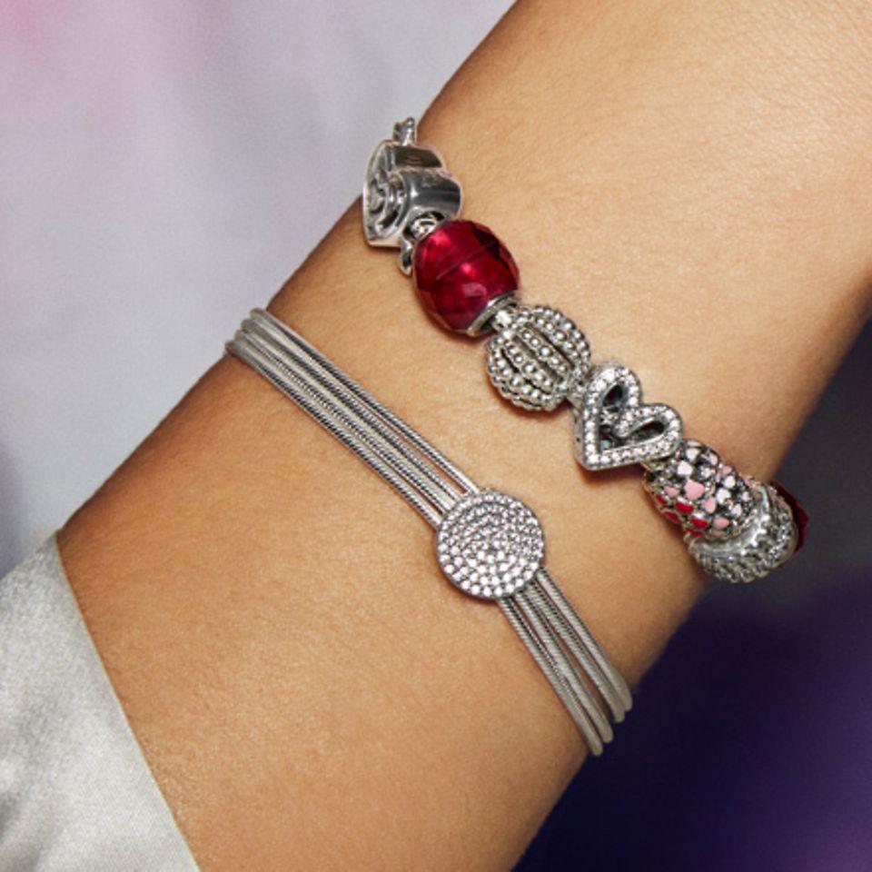 charms_bracelet_slider_1_3