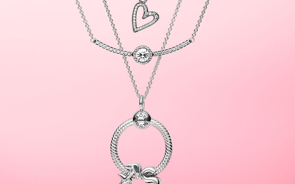 charms_necklace_slider_1_2_NL