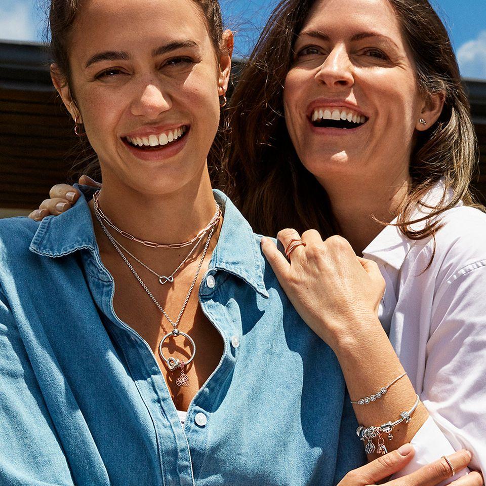 向媽媽送上 Pandora 珠寶禮物,說一聲「母親節快樂」!
