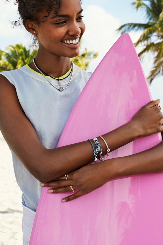 Préparez-vous à votre aventure estivale avec des bijoux inspirés de l'océan.