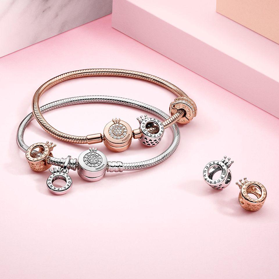 Pandora Signature 系列925銀及 Pandora Rose 串飾與手鏈